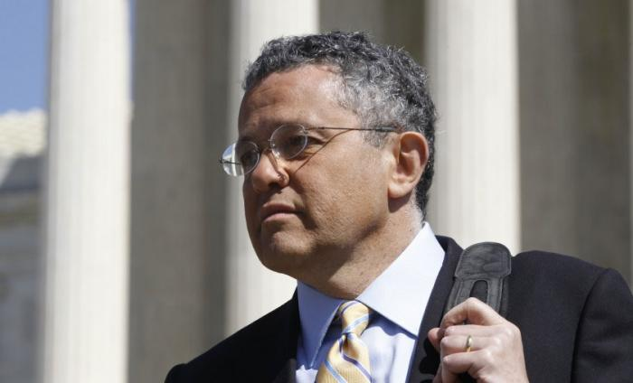 New Yorker Suspends Legal Reporter Jeffey Toobin for Exposing Himself during Zoom Call