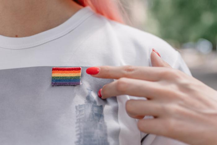 Smilyn Celebrates Pride, One Color at a Time